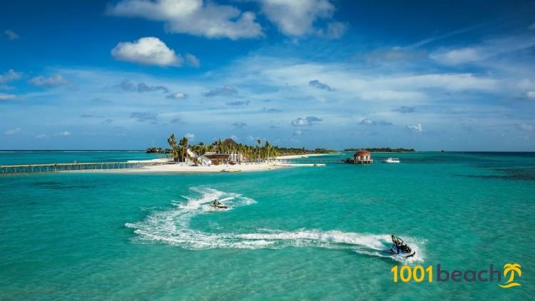Остров Маадху