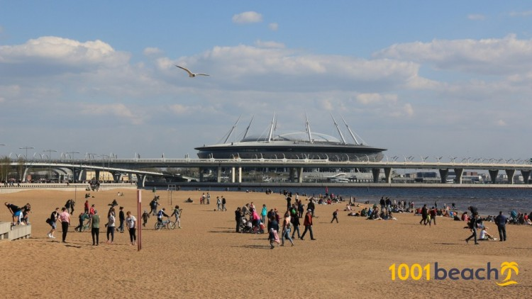 Пляж в парке 300-летия Санкт-Петербурга