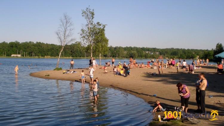 Пляж Безымянного озера